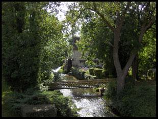 (F) Lumbres. Hotel Le Moulin de Mombreux 28.07.2009
