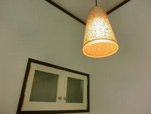 ケイプラスの施工事例〜ペンダントで温かみのある照明を