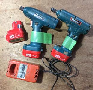 【57】マキタ 電池インパクトドライバ 6903VD 2点、バッテリー3点、充電器セット