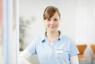 Auszubildende bei Zahnärztin Honscha in Leverkusen-Opladen