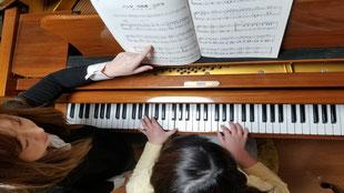 弾き歌いの指導