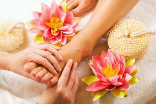 Beauty salon Stuttgart Mitte Wellness massages Feet Foot Reflexology