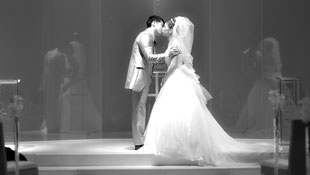 大阪、京都、神戸の結婚式持ち込みカメラマンは結婚式movies