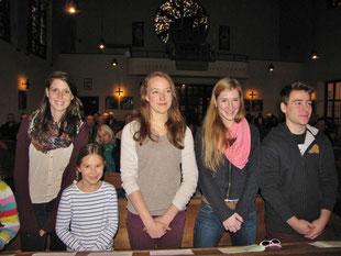 Die vier LeiterInnen Theresa, Maria, Linda und Jakob sind natürlich auch im Boot, um die Gruppe die kommenden Jahre zu leiten und begleiten.
