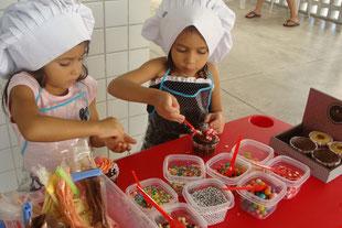 streetworker, streetfood, food truck, spenden aktion, fundraising, crowdfunding, aktionen für schulen, kuchen backen, freizeitgestaltung, volunteer, beten, brasilien,