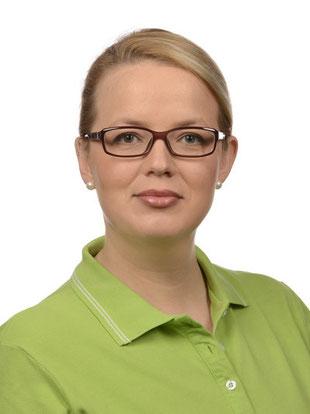 Mitarbeiterin der Zahnarztpraxis Dr. Weitzel-Paulus & Dr Diehl, Zahnreinigung, PZR, Prophylaxe für Kinder u. Jugendliche