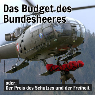 Ein Helikopter des Bundesheeres birgt einen Verletzten per Seilwinde