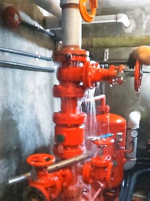 配管内の水が抜ききれない箇所
