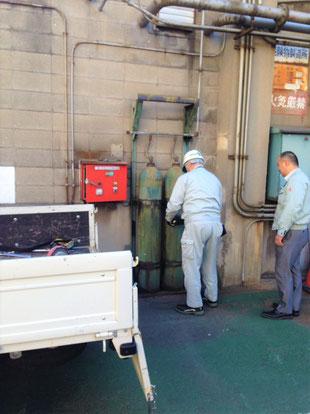 CO₂貯蔵容器の取扱いは細心の注意