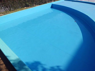 プール防水完了(水張り検査)