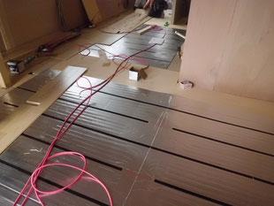 床暖房敷設