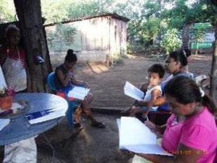 CECIM, Schüler, Ciudad Sandino, Nicaragua, Stuhlkreis