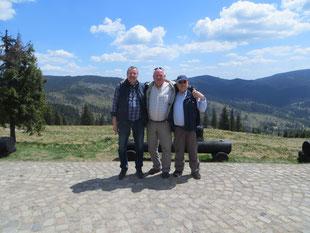 von links nach rechts: Peter Cieszynski, unser rumänischer Freund Kantor Arpi Molnar und Klaus-Dieter Then