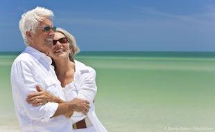 Zahnimplantate: Fest wie eigene Zähne. Bessere Lebensqualität mit stabilem Zahnersatz.