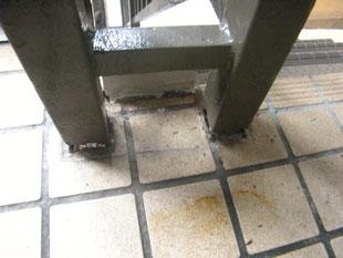 腐食手摺支柱補強工事:工事前