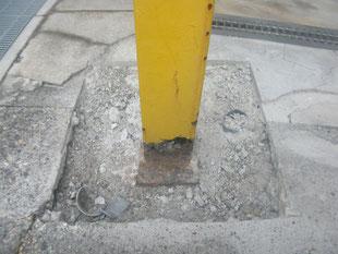 鉄骨柱腐食穴補強工事:工事前