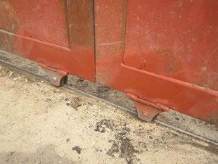 鉄製引戸の戸車交換:工事後