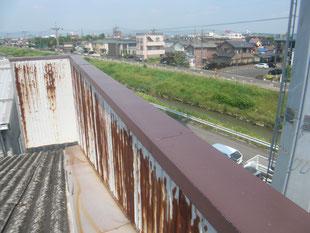 パラペット内壁漏水修理:工事前