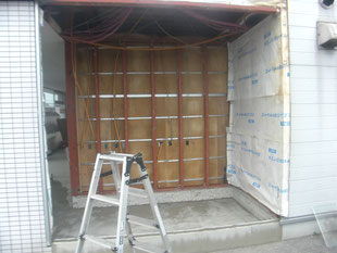 コンビニ壁下地鉄骨②:工事前