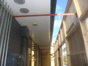 店舗囲い鉄骨補強工事:工事後