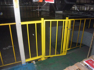通路開口部安全柵工事:工事後
