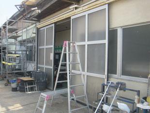 アルミ製ハンガードア改修工事:工事前