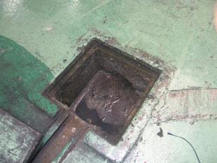 排水管高圧洗浄工事:工事前