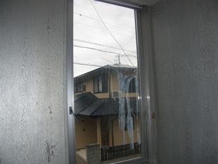事務所窓ガラス修理:工事前