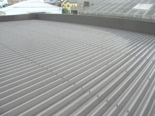 倉庫屋根遮熱塗装工事:工事前