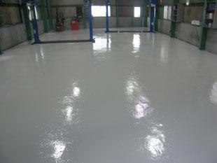 自動車整備工場塗床工事:工事後