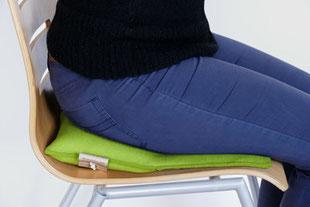 Individuell eingestellter Sitzkeil beim hellgrünem Flowmo Pad