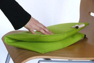 Falten des hellgrünem Sitzkissen Bürostuhl Flowmo Pad