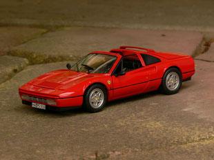 Manta Manta Ferrari 328 GTS 1:18
