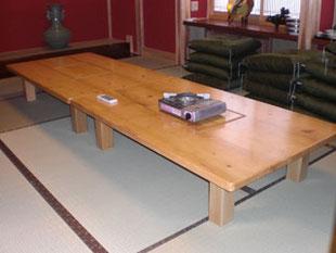 オーダー家具 アテ材テーブル