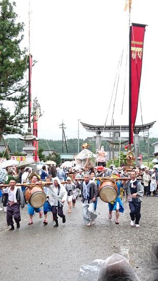 お熊甲祭り 七尾市中島町