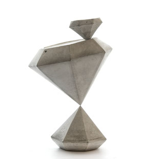 Sunday, concrete diamond sculpture art by artist PASiNGA