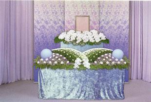 胡蝶蘭の生花祭壇