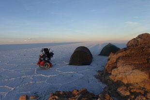 Salar d'Uyuni camping