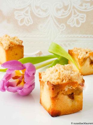 Streuselkuchen als Würfel