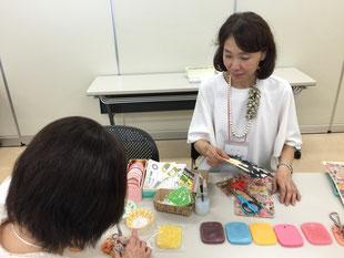 東京の特定非営利活動法人アロマ&キャンドルライフ協会の福岡りさ理事長。NPO法人の先輩であり、当協会の法人準会員さまです。これから手を携えて活動をしていけたらと思っております。