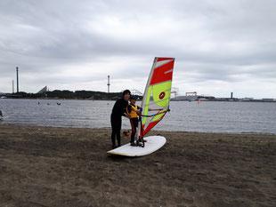 ウインドサーフィン SUP スピードウォール 海の公園 神奈川 横浜