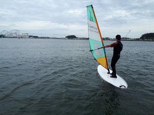 ウインドサーフィン スクール 体験 初心者 海の公園 横浜 神奈川