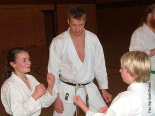 Lehrgang mit Pascal Senn (amtierender Vize-Europameister Kumite) in der Hölzelhalle