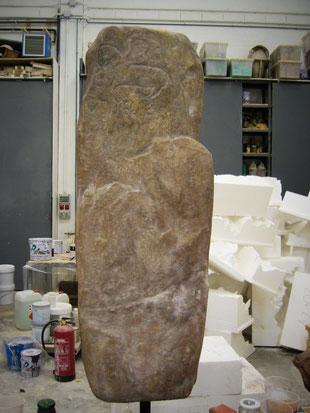 Estela con Petroglifos, réplica para Museo Oiasso, Irún.