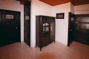 Le hall d'entrée du Gîte De Giron à Giron dans l'Ain