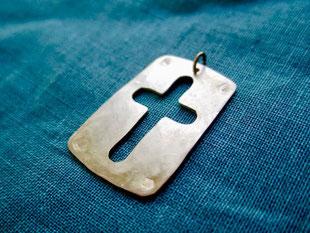 Cross Shield  十字の盾  Pendant top jewelry