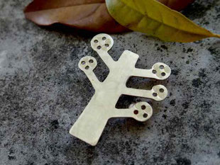 The Giving Tree  おおきな木  Brooch/Pendant top jewelry