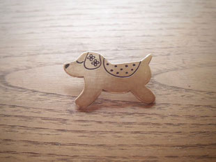 Good things will come.. my dog  いいことがやって来る  Brooch