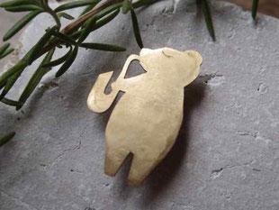 Bear Playing Saxophone  サックスくま  Brooch/Pendant top jewelry