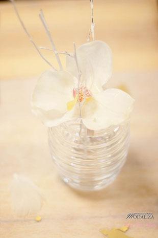 baptême ange enfant plume or blanc organisation décoration fleurs orchidée baby pop's party bordeaux paris france nice cannes st tropez lyon toulouse feather